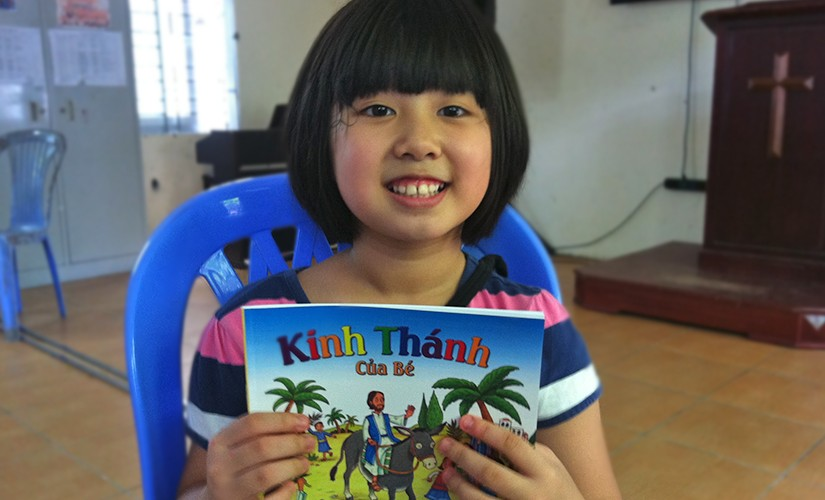 Children's Bible Helps a Young Vietnamese Girl's Faith Grow