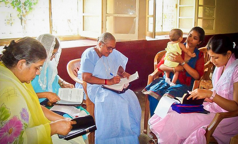 In India, Ministry Outreach Helps Widows Study the Bible