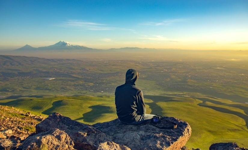 Bible-Based Trauma Healing Helps Armenian Teen Find Comfort Post-War