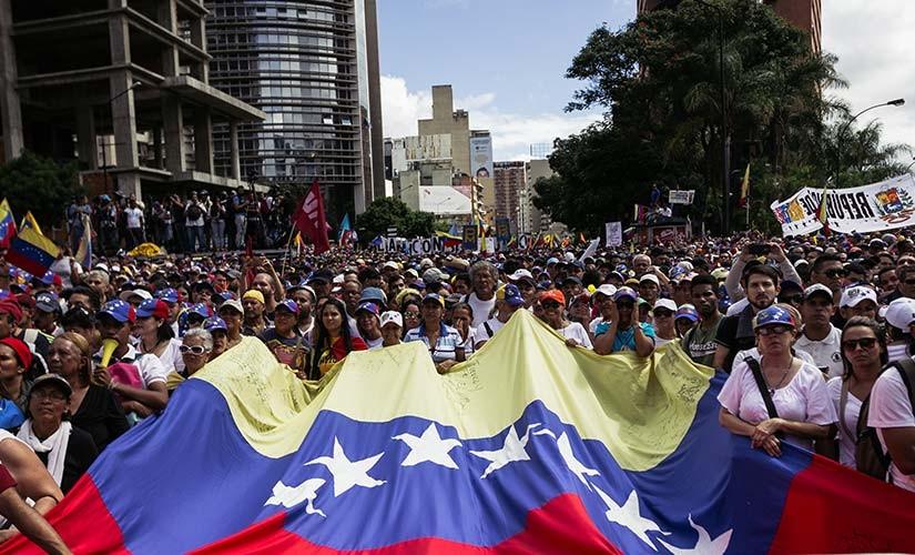 3 Ways to Pray for the Venezuelan Crisis