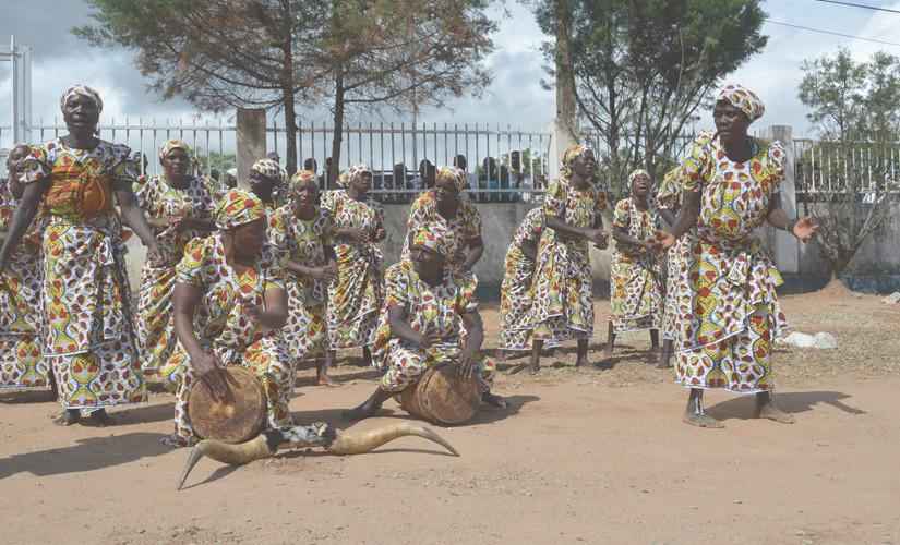 God Answers Prayer by Providing New Testaments to the Umbundu People of Angola